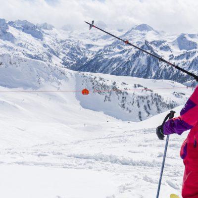Planifica la teva esquiada amb les apps de les estacions