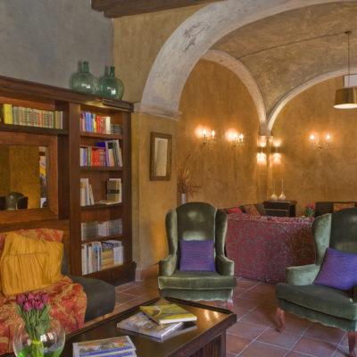 Biblioteca dell'hotel. © Mas La Boella