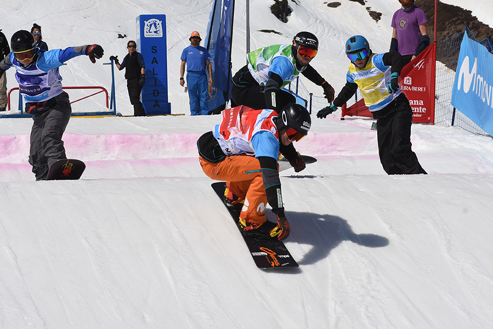 Snowboarding competition in Baqueira Beret. © Baqueira Beret